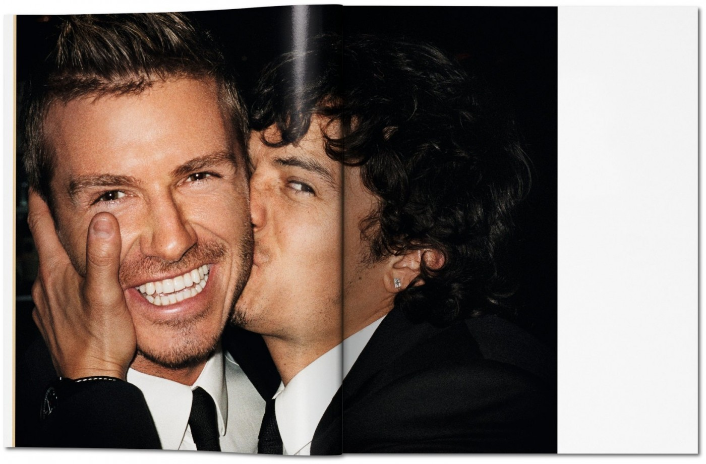 mario testino publications end > > > >