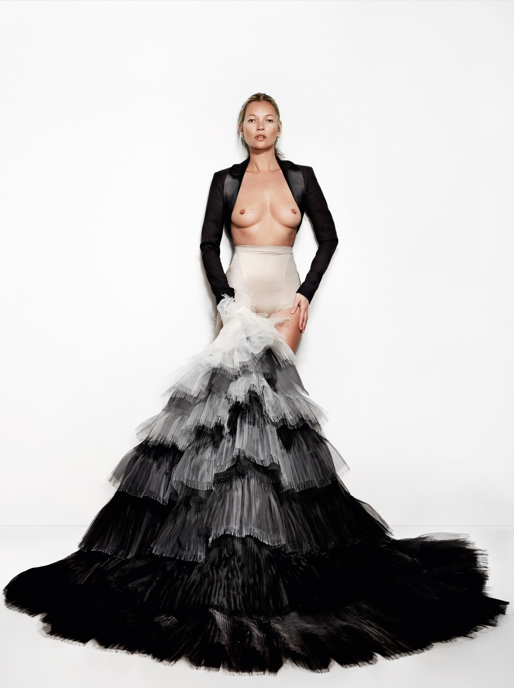Fantastic Topless Gown Crest - Best Evening Gown Inspiration And ...